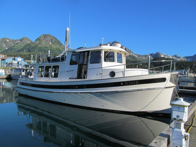 REDUCED TO $255,000 2000 42' NORDIC TUG, 950 HOURS ON 450 CUMMINS, MANY ALASKA UPGRADES.