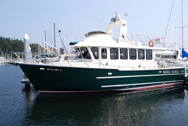 REDUCED TO $325,000!  42' Norvelle Voyager, highly custom, Twin D6-370's, Gen, Walk-Arouind.