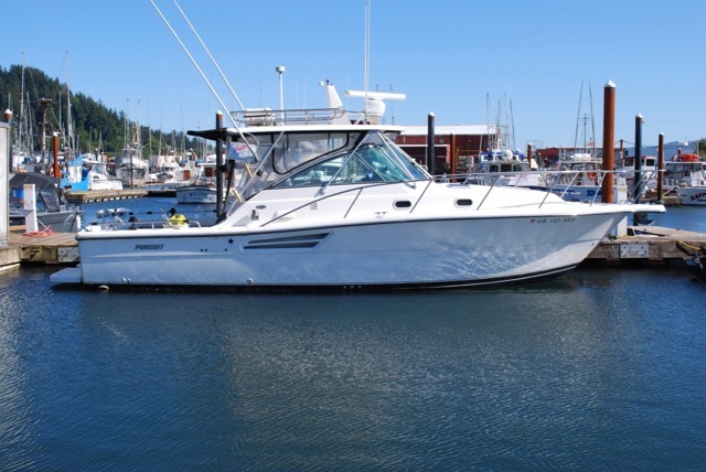 NEW!  GORGEOUS 34' Pursuit 3400 Offshore, Twin 370 HP Volvo's, Gen, Trailer,  $150,000
