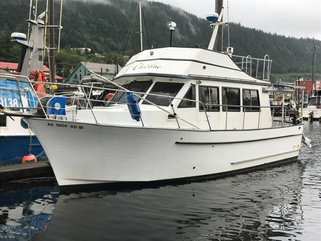 New 32' Fiberglass Cruiser, New 125 HP John Deere, Oil Stove, Hydraulic Windlass. $57,500